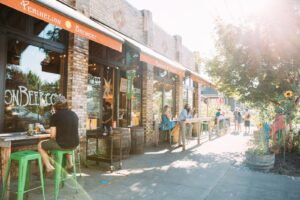 Beacon Hill bar with outdoor seating